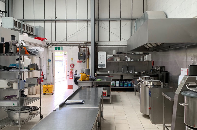 Parkfield_commerical_kitchen